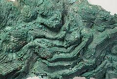 Extrem aufgeblähte Bronzeoberfläche